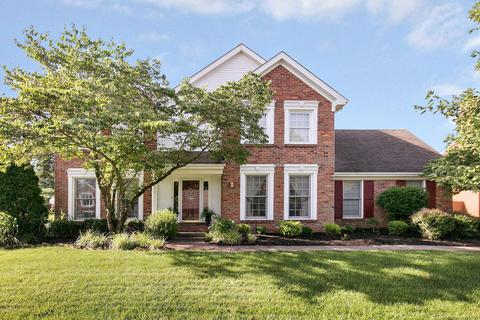 9806 Winged Foot Dr, Louisville, KY 40223