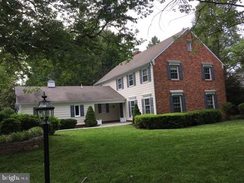Photo of 11816 Canfield Rd, Rockville, MD 20854