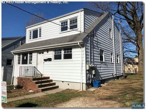 Photo of 157 Livingston Ave, Lyndhurst, NJ 07071