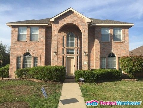 Photo of 4817 Park Brook Dr, Fort Worth, TX 76137