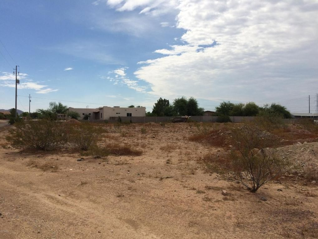 24703 N 115th Ave, Sun City, AZ 85373