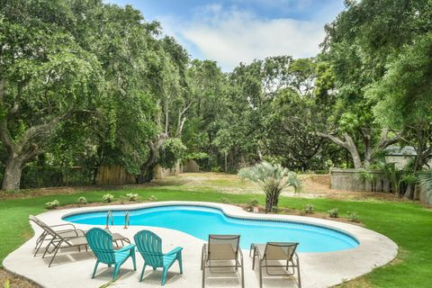 Photo of 2905 Palm Blvd, Isle Of Palms, SC 29451