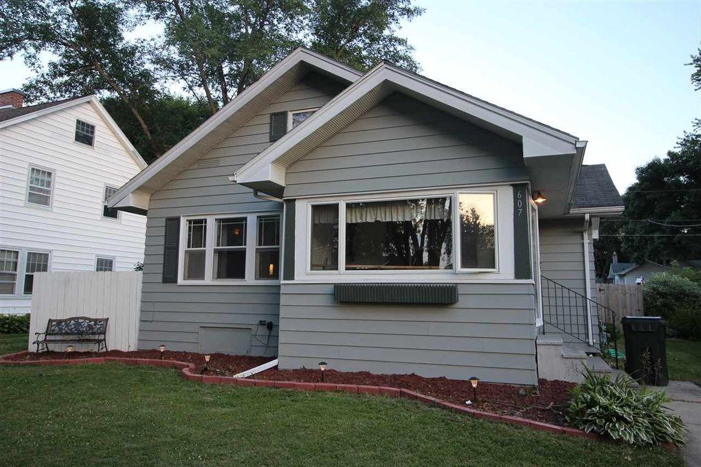 607 Home Park Blvd Waterloo IA 50701