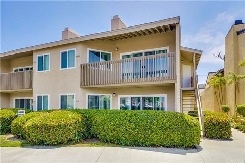 Photo of 5942 E Naples Plz, Long Beach, CA 90803