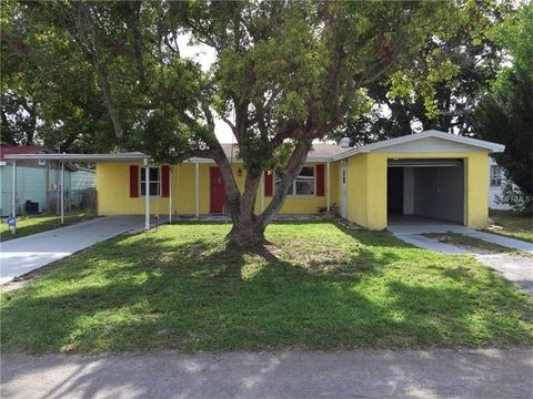 3 bedroom homes for sale in knollwood village holiday fl
