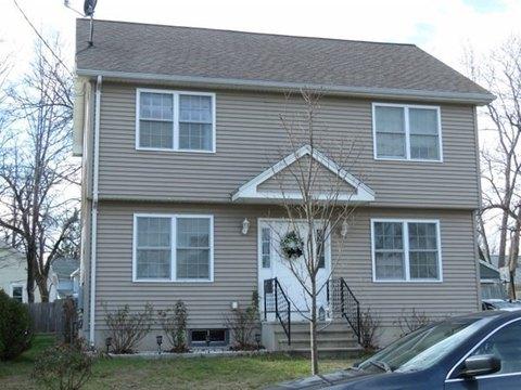 166 Marsden St, Springfield, MA 01109