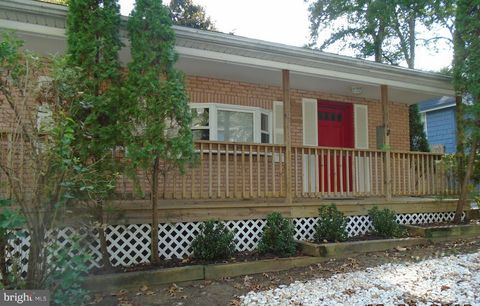 Photo of 387 Holly Trl, Crownsville, MD 21032
