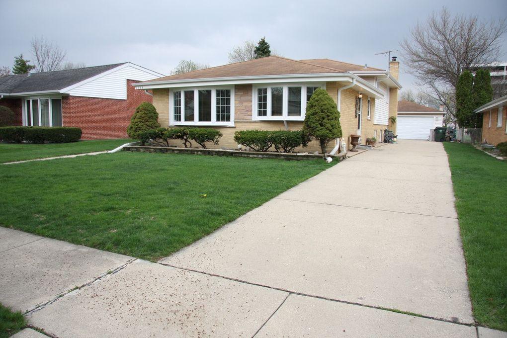 1325 Lois Ave Park Ridge, IL 60068