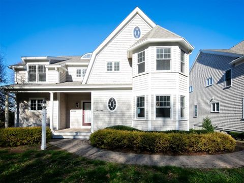 Photo of 126 Warren Ave Unit 2, Plymouth, MA 02360
