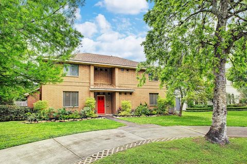 Photo of 400 S 2nd St, Bellaire, TX 77401