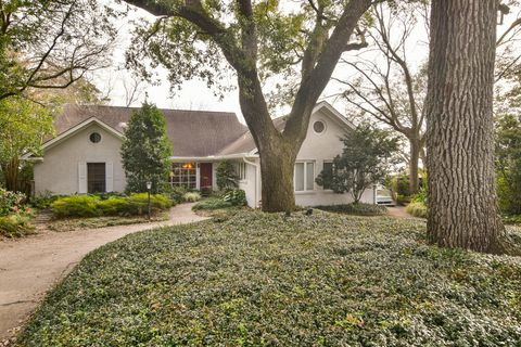 Photo of 101 Mary St, Mount Pleasant, SC 29464