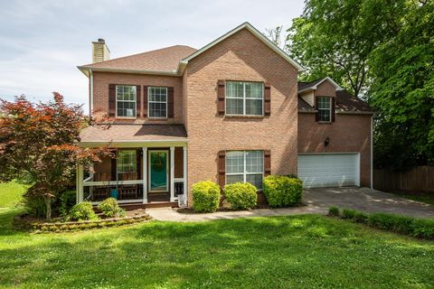 Photo of 1900 Duncan Rd, Knoxville, TN 37919