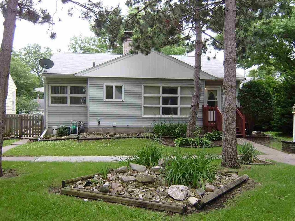 1027 Home Park Blvd Waterloo IA 50701