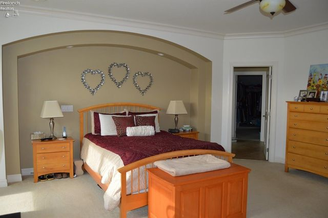 3125 Alexandrias Dr, Sandusky, OH 44870 - Bedroom