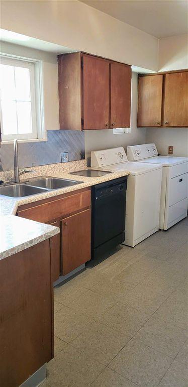 1031 Wright St, Reno, NV 89509