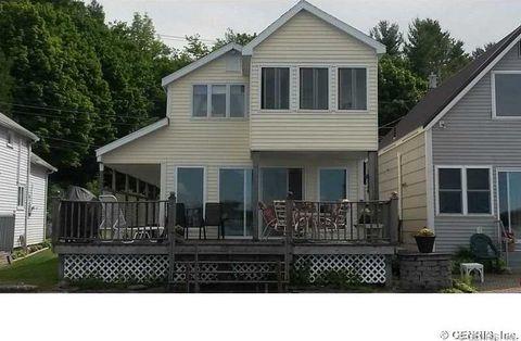 8257 S Shore Rd, Sodus, NY 14555