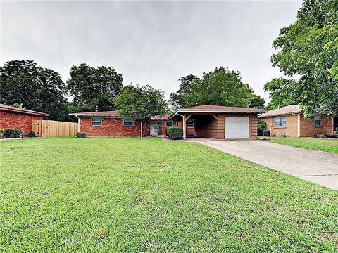 Photo of 7224 Jewell Ave, Fort Worth, TX 76112