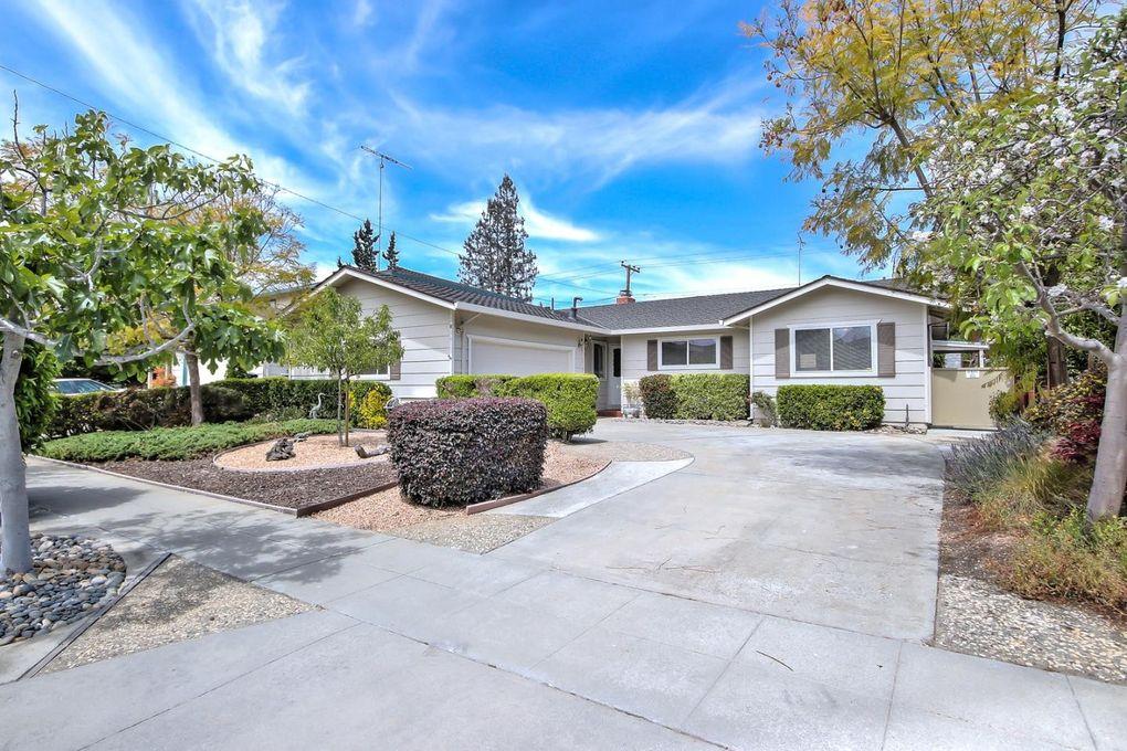 1811 Comstock Ln, San Jose, CA 95124
