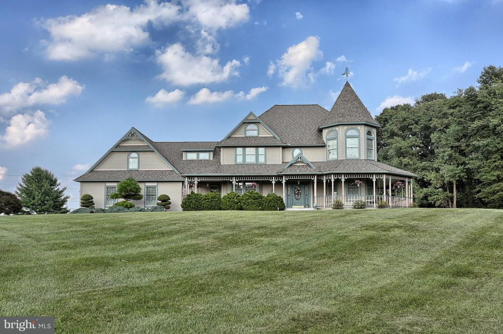 390 Golf Rd Myerstown, PA 17067