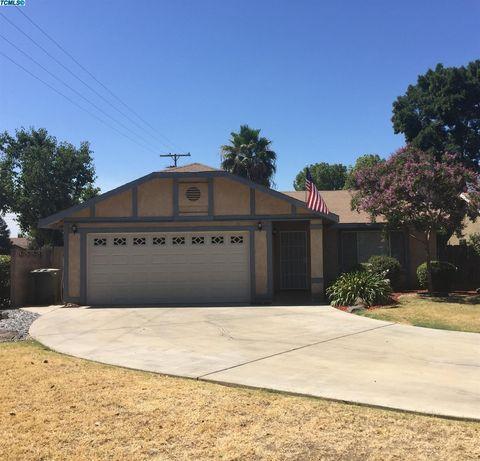 4507 W Howard Ave, Visalia, CA 93277
