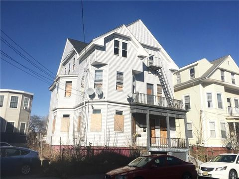 Providence county ri 5 bedroom homes for sale realtor 31 penn st providence ri 02909 sciox Image collections