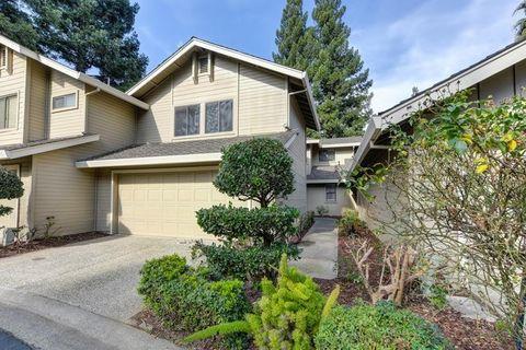 Photo Of 2026 University Park Dr, Sacramento, CA 95825. House For Sale