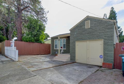 Photo of 201 14th St, Vallejo, CA 94590
