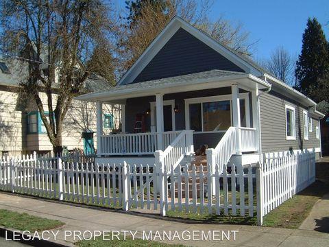 Photo of 4524 Ne 6th Ave, Portland, OR 97211