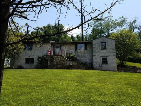 6354 Leechburg Rd, Penn Hills, PA 15147