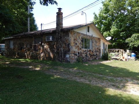 Photo of 336 Shaver Rd, Dayton, TN 37321