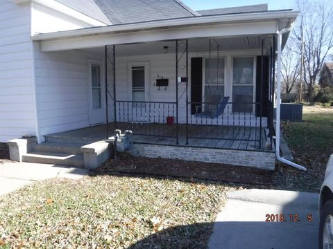 614 N 10th St, Independence, KS 67301