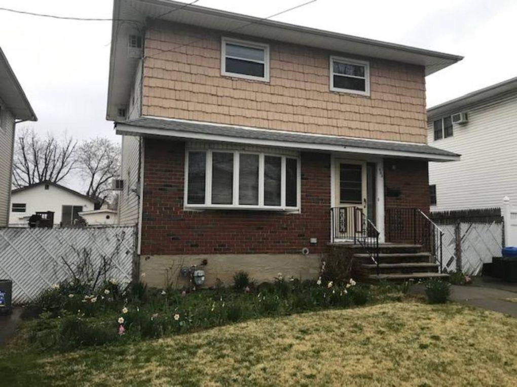 465 Tarrytown Ave Staten Island, NY 10306
