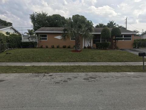 Photo of 2120 Sw 12th Ct, Delray Beach, FL 33445