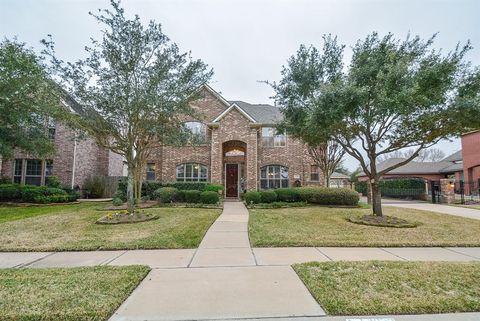 8707 Hollow Banks Ln, Houston, TX 77095