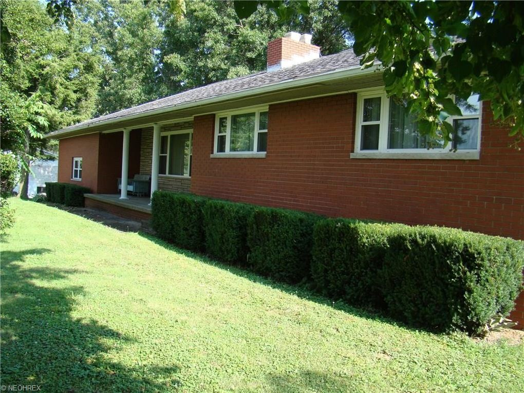 little hocking The cabin features 2 bedrooms that will easily sleep 6, phone, wifi, satellite tv, and washer & dryer.