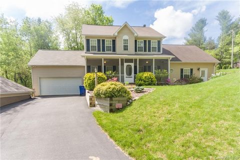 Photo of 251 Old Haw Creek Rd, Asheville, NC 28805
