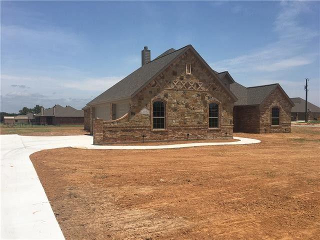 128 Remington Park Dr Springtown TX 76082