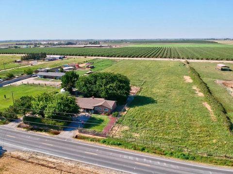 5725 Claribel Rd, Oakdale, CA 95361