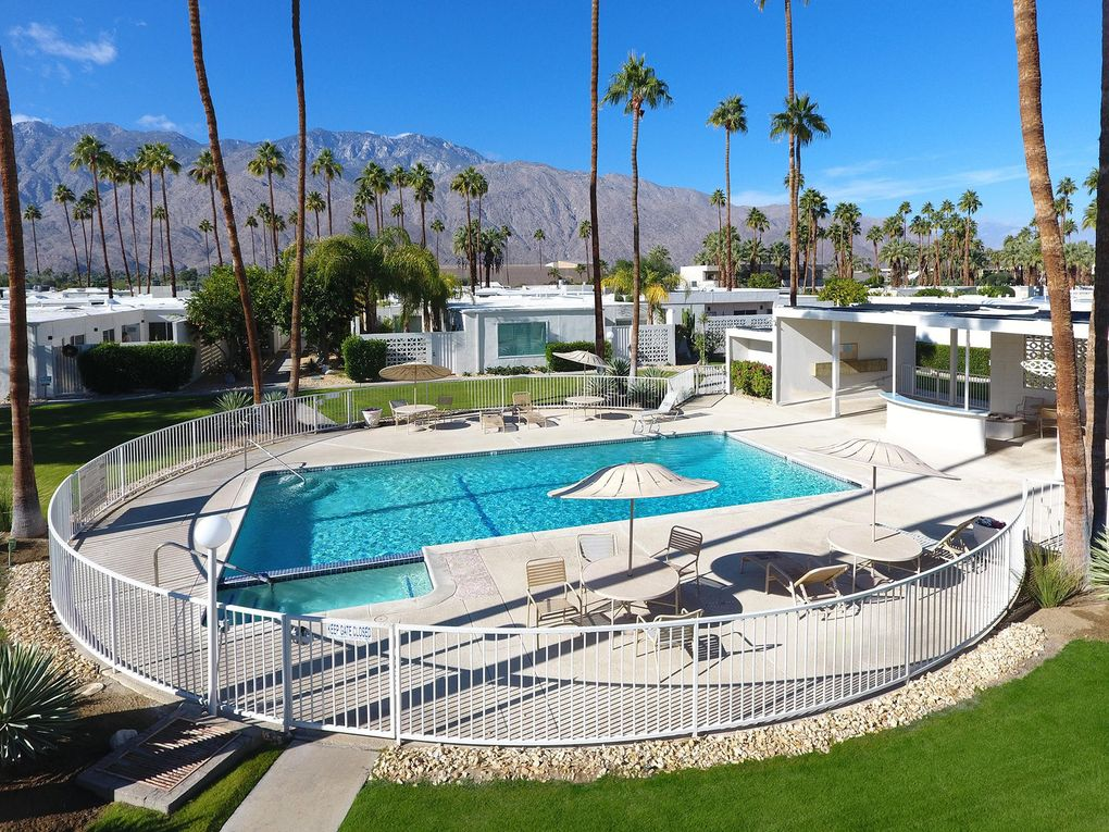 1810 Sandcliff Rd Palm Springs, CA 92264