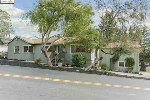Photo of 504 Beloit Ave, Kensington, CA 94708