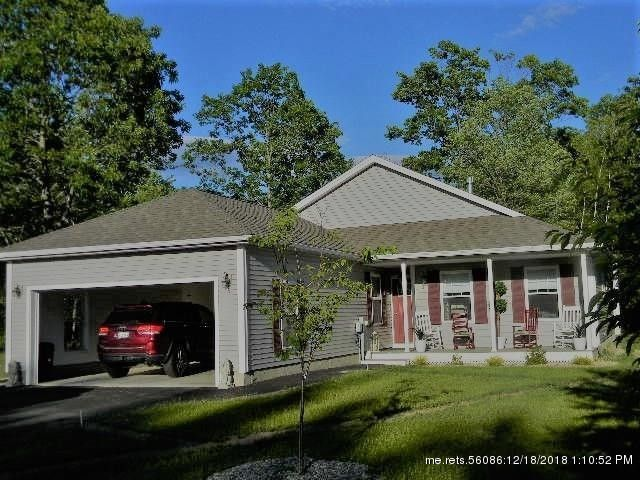 2 Country Dr, Old Orchard Beach, ME 04064