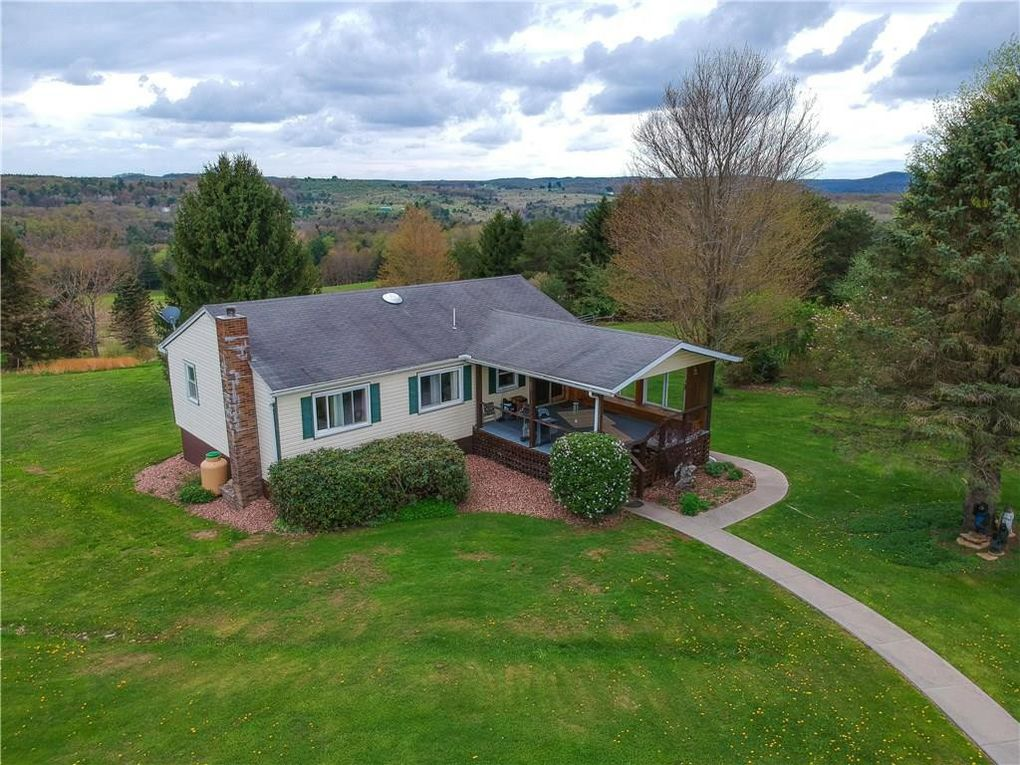 1099 Caldwell Corners Rd, Brookville, PA 15825