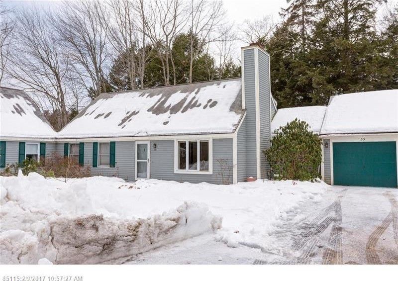 35 Willow Grove Rd, Brunswick, ME 04011 - realtor.com®