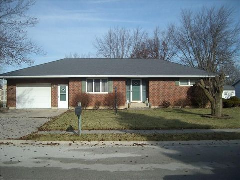 806 S Dogwood Dr, Coldwater, OH 45828