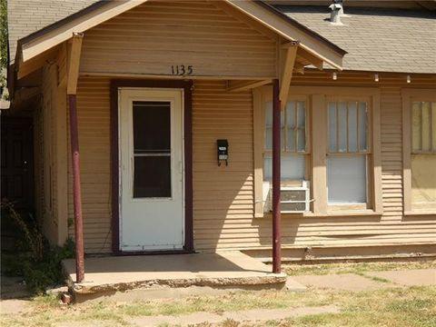 Photo of 1135 Grape St, Abilene, TX 79601