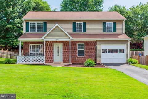 13719 Palm Rd, Woodbridge, VA 22193