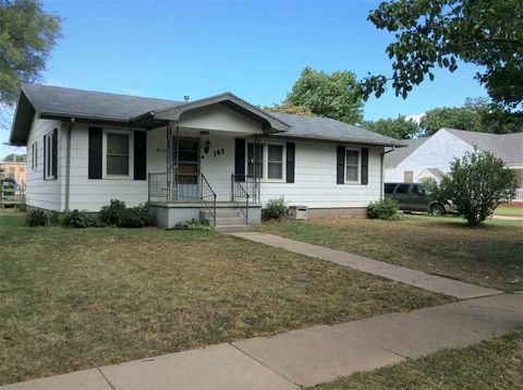 103 N Sedgwick St, Haven, KS 67543