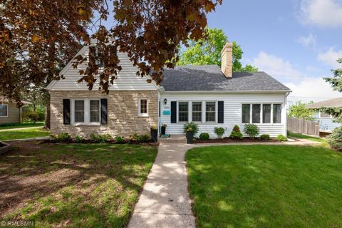 Photo of 1591 Montreal Ave, Saint Paul, MN 55116