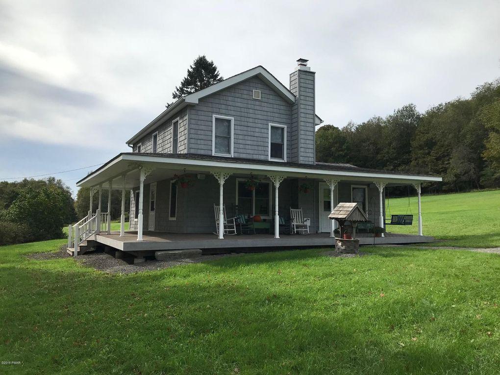 47 Roberts Rd, Starlight, PA 18461