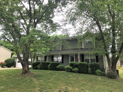 Photo of 1423 Moorgate Dr, Knoxville, TN 37922